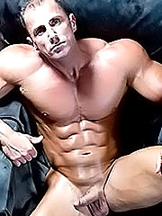 Body Builders Porn Tube - 7,931 Videos