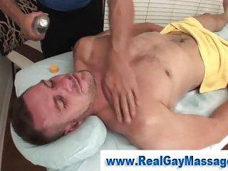 Watch muscley amateur get massage
