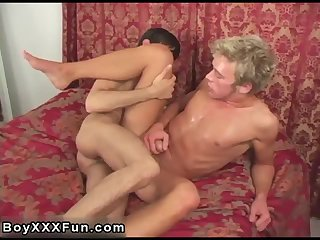 Blonde guy gets fucked