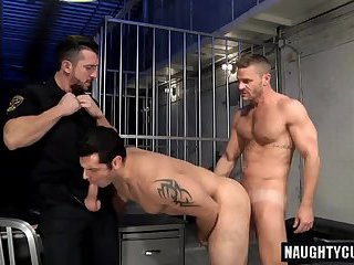 Hairy gay oral sex with cumshot