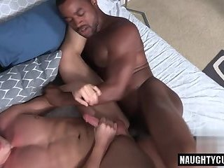 Big dick gay anal sex with creampie
