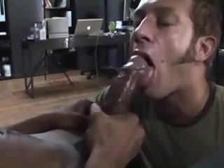 Suck my load out, dude! - BareSexyBoys.com