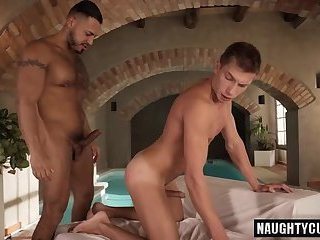 Latin boyfriend bareback and cum eating
