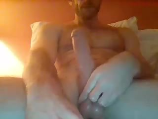 Oiled up my big cock for a nice wank