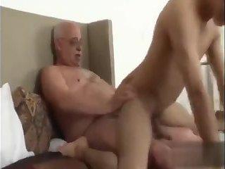 cum Inside Me Daddy - BareSexyBoys.com