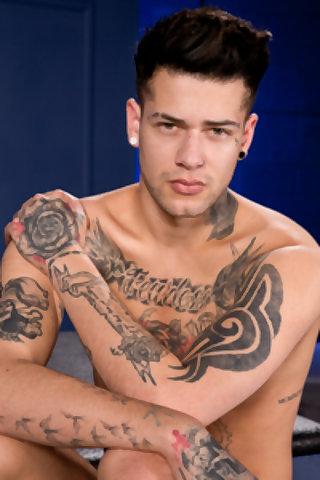 Tattooed gay guys sucking banging