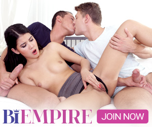Bi Studs Enjoy Dickriding In Group