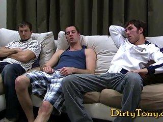 Dirty gay oral threesome