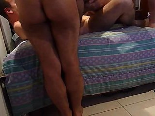 Home threesome screwing
