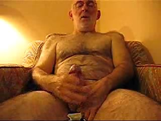 Mature gay masturbates on webcam