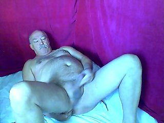 Fat Stud Jerking Off Solo