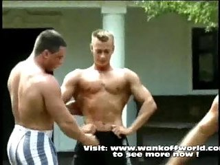 Body Builders Training Outdoor