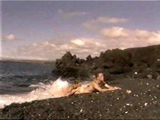 Unforgettable splitting on the beach