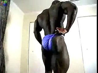 Sexy ebony body builder