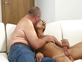 Big John Jerking Off His Sexy Admirer Chris