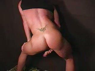 Beefy Hunks Loves His Penis