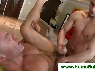 Straight guy ass fucks gay masseuse