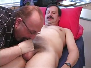 Dude Gets Blowjob Instead of Massage