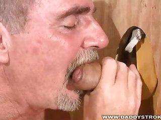 Daddys Gloryhole Fucking