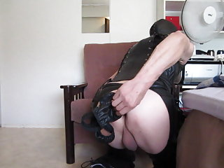 Finnish Amateur mature guy and his fetish pleasure
