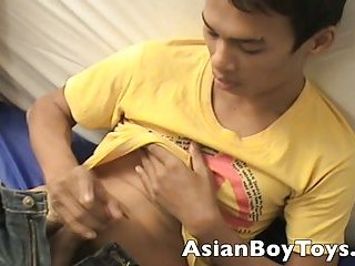 Asian Likes to Jerk Off