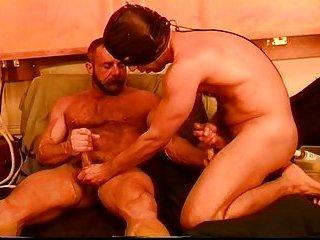 2 hunks mutual ball squeezing n punching