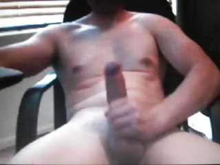 Hot toned straight dude jerking his big cock on cam