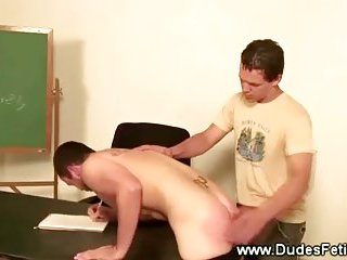 Student gets red ass from teachers spanking