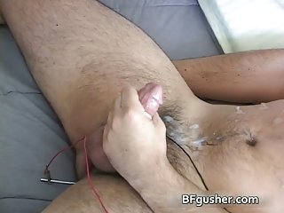 Free gay clips of Mark getting his gay jizzster jerked