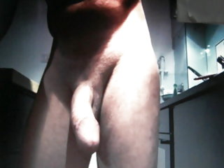 Huge Cock Guy Naked In Kitchen On Cam