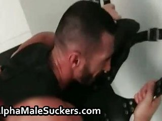 Super hot gay men fucking and sucking porn