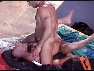 Bdsm spanking from sexy body builder