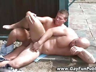 Picnic table fun for horny amatuers
