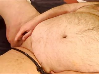 Chubby guy solo wanking