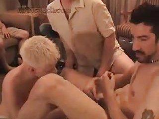 Nasty guys in tats enjoy oral