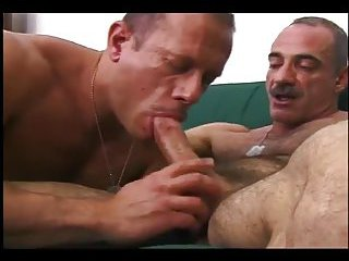 Shaved twinks blowjob with cumshot