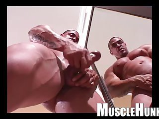 Sexy Muscle Stud Beating Off