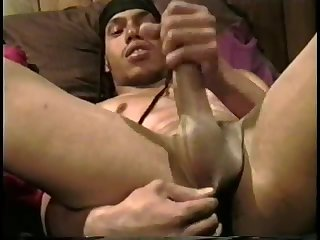 Amateur black dude tugjob