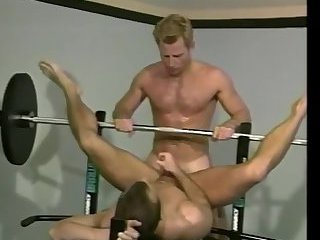 Sporty gays ass fucking in gym