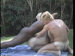 Interracial trio outdoor fuck
