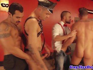Hung Hunks Gay
