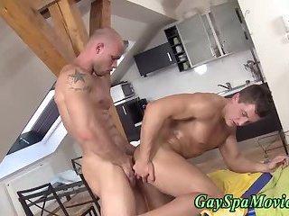 Straighty gets fucked bareback