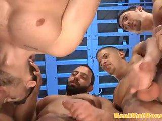 Gaysex jock sucking plenty of dick