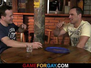 Smart guy lures cute bartender