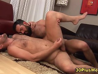 Bears shoot cumloads on hairy bodies
