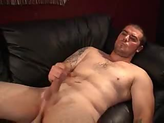 Randy Guy In Tats Solo Masturbation