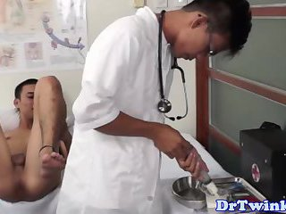 Asian doctor rimming twink close up