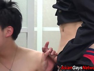 Amateur asian gets fucked by sex toy