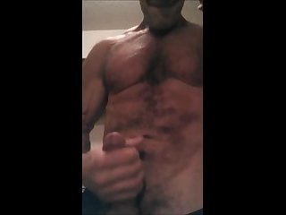 Muscle Wank and Cum