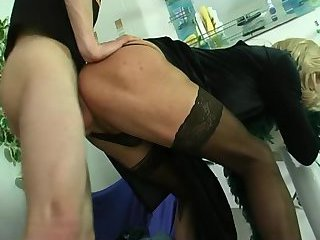 Blonde CD in Stockings Gets Fucked